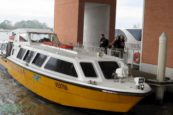 Image of Alilaguna water taxi at the Marco Polo airport dock