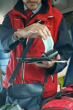 Image of Trenitalia staff giving a fine